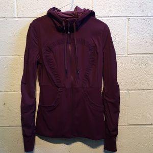 Lululemon plum jacket, sz 10, 58284